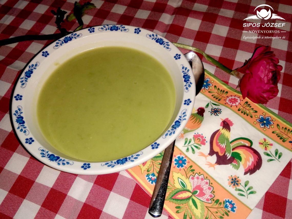 Zöldborsókrém leves