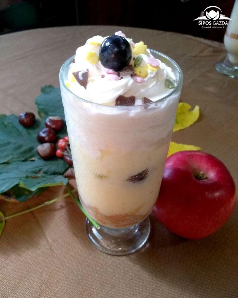 Vaníliapudingos tejberizs reszelt almával és kékszőlővel
