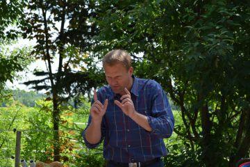 Interaktív előadás az Ördöngös tanyán Sipos Gazdával